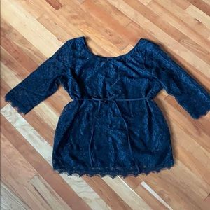 Maternity lace top! Gorgeous!!!